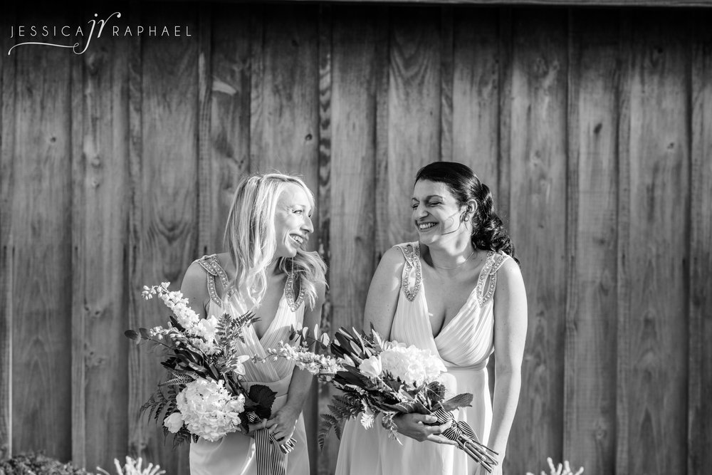 kingscote-barn-wedding-venue-kingscote-barn-wedding-photographer-jessica-raphael-photography