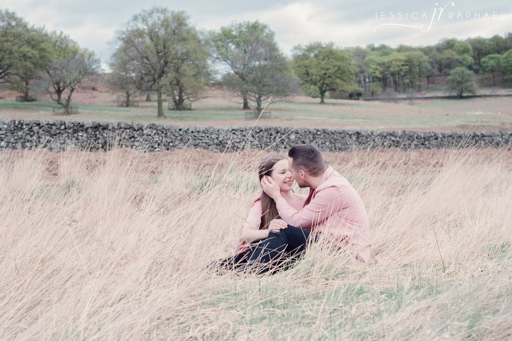 engagement-photography-spring-jessica-raphael-photography-bradgate-park
