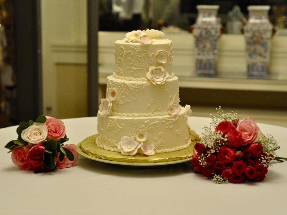 wedding & shower cakes — The Sleepy Baker