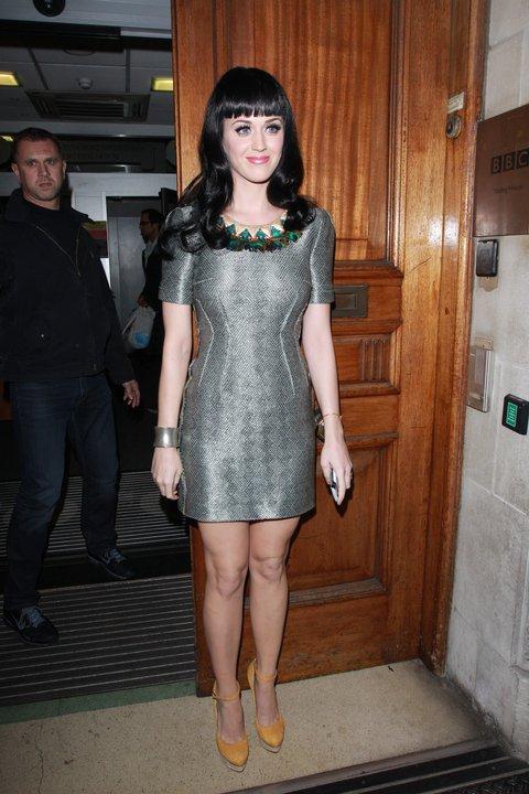 MW Pre SS11 Katy Perry.jpg