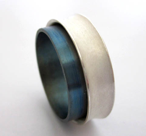 Sterling silver and titnaium ring