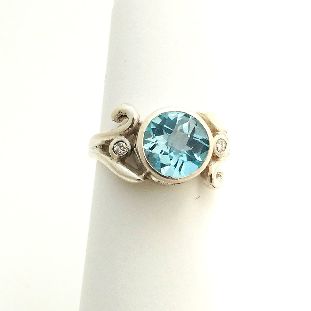 blue topaz ring.jpg