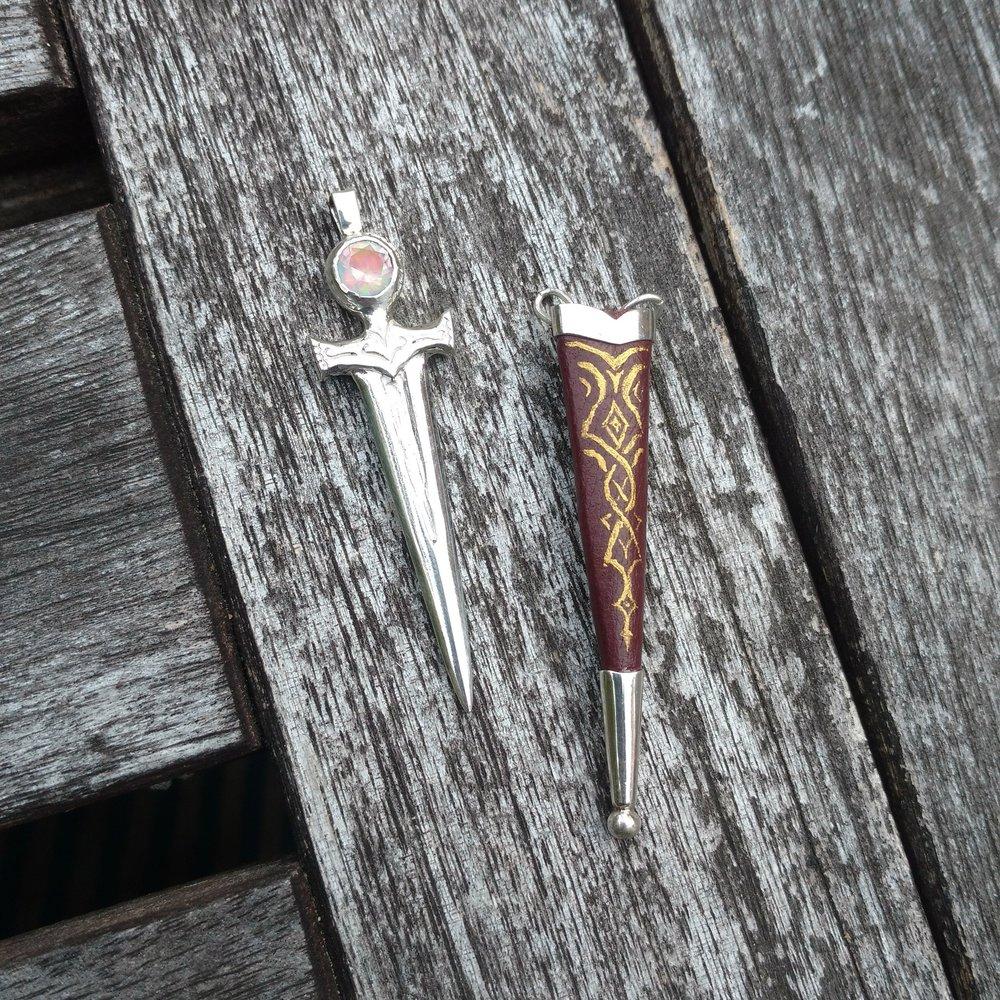 Dagger pendant