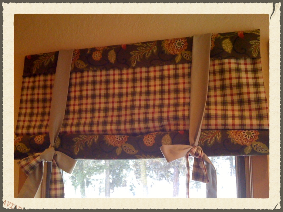 Stagecoach curtains