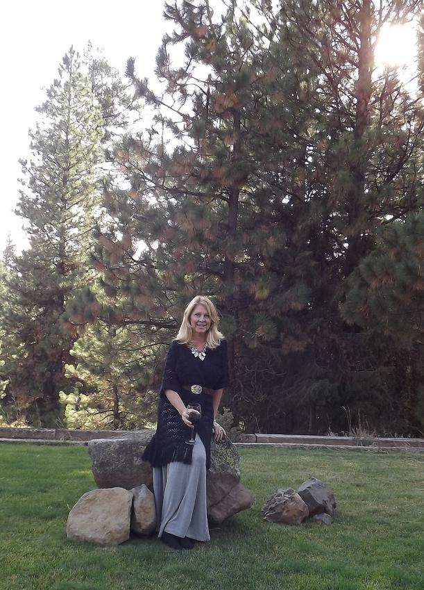 grey skirt 2.jpg
