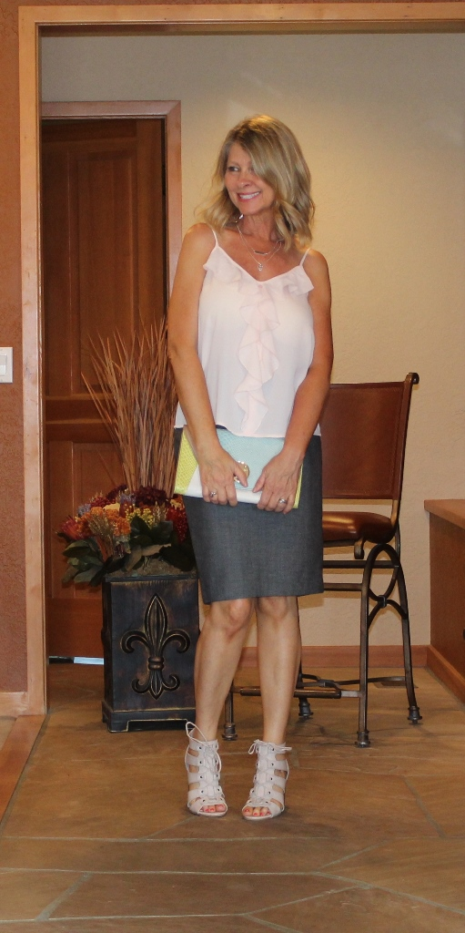 Straight Skirt Style  http://www.northwestmountainliving.com