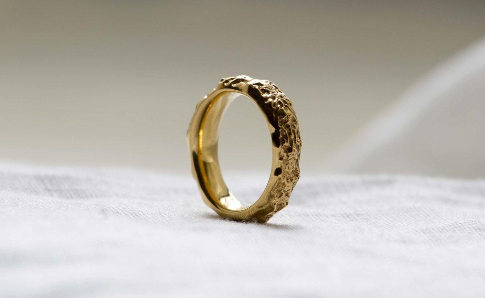 ring03.jpg