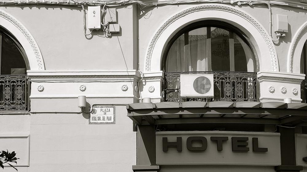 Hotel Plaza Pilar