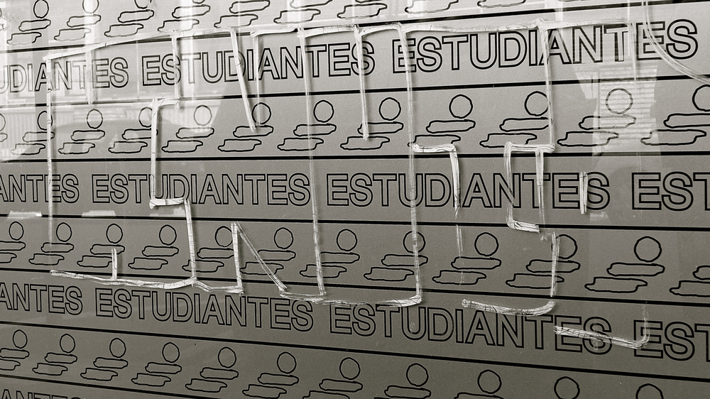 Pasaba Estudiantes - 2