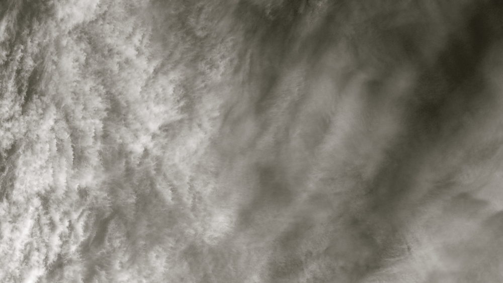 En blanco nubes