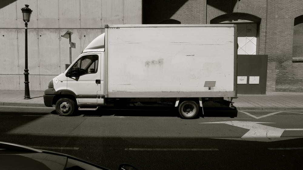 En blanco furgoneta