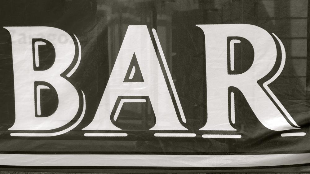 Bar con Carla Nicolás - Versión 4