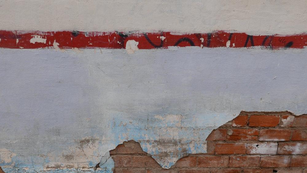 Línea roja 4 h pared