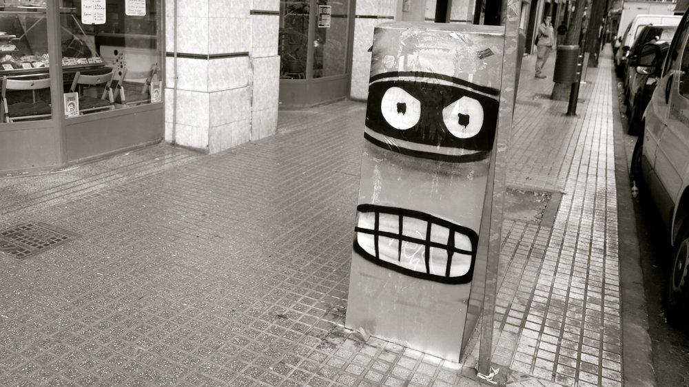Graffiti monstruo María Moliner