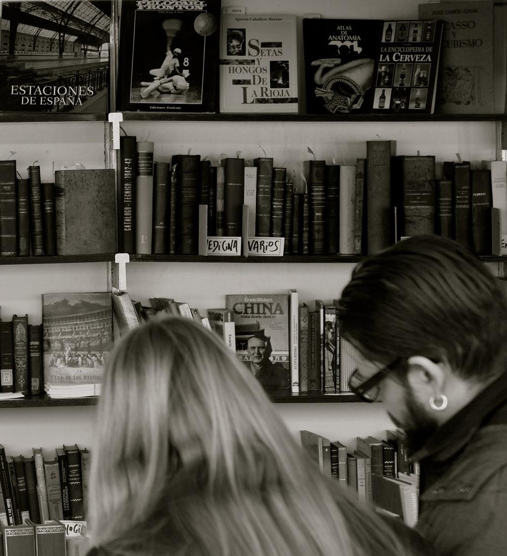 Estaciones España Feria Libro Viejo
