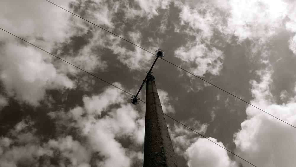 Poste luz nubes