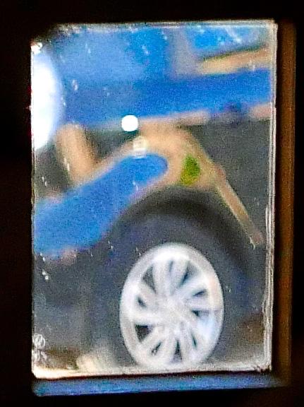 Reflejo rueda de coche color