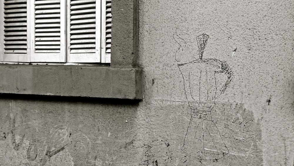 Cafetera graffitera