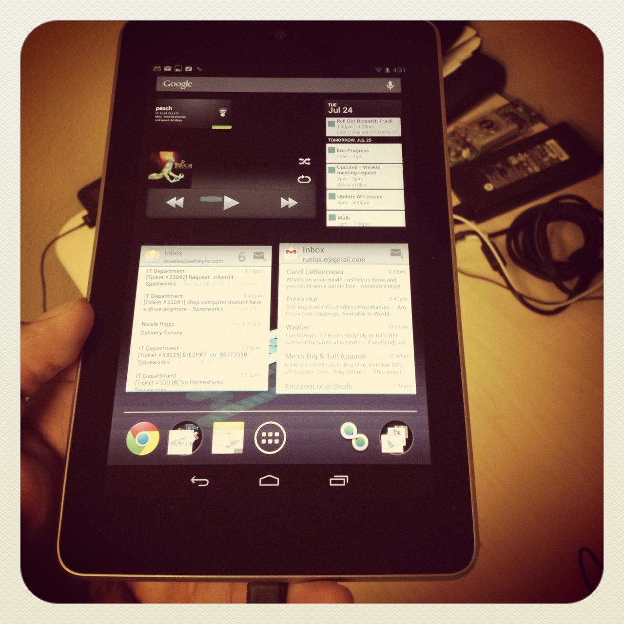 I got to get my hands on the Nexus 7 today…  my friend/co-worker Eric got it last week and it's possibly the best Android product I've ever picked up. The form factor and size is pretty dope.  Hopefully, Apple will come out with an iPad in the same size.