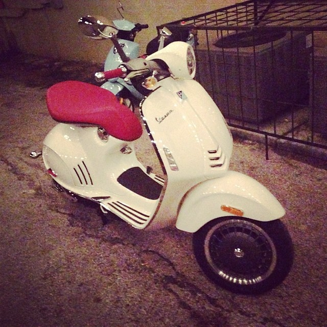 #balleralert Vespa 946 just made an appearance at #rdlm2