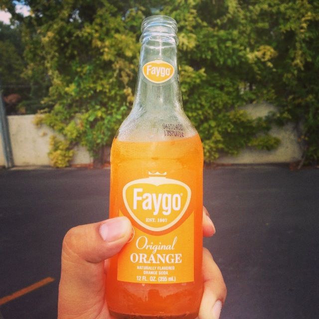 While procuring a small basket of new Apples (more on that later)… I ran into FAYGO at my local Central Market!   All I need now is to convince a few friends from Detroit to move to the Motor City and have HEB carry Better Made Chips - to make moving here, one of the best decisions I've ever made.