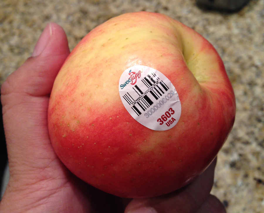 SweeTango - *** -  Cross between a Honeycrisp and Zestar apple.  Has a thick skin, crisp bite and tart/juicy taste. Not a big fan…