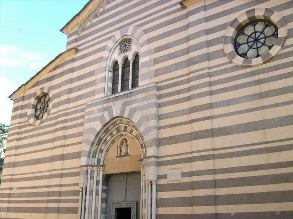 Chiesa di Santa Maria in Fontibus_Albenga_2.jpg