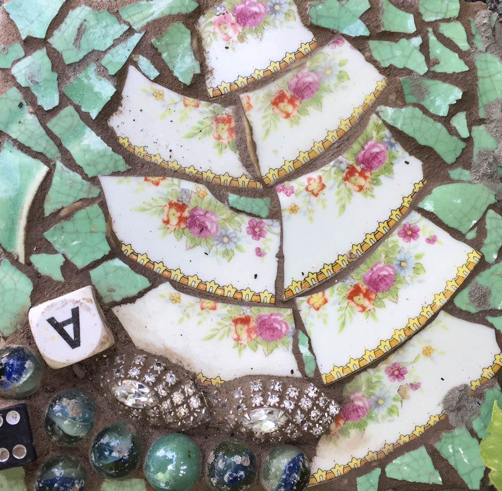 Mosaic tile by Monika Lidman