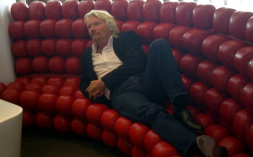 richard-relaxing-at-the-jfk-clubhouse-13370-cropped.jpg