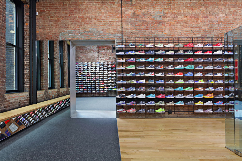 RETAIL | FLIGHT CLUB NY