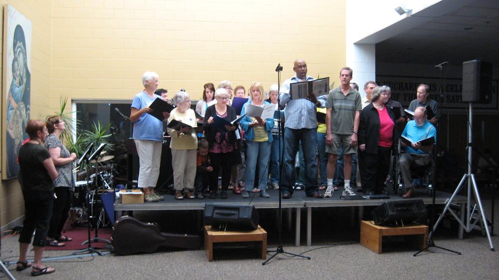Choir Performing at the Picnic