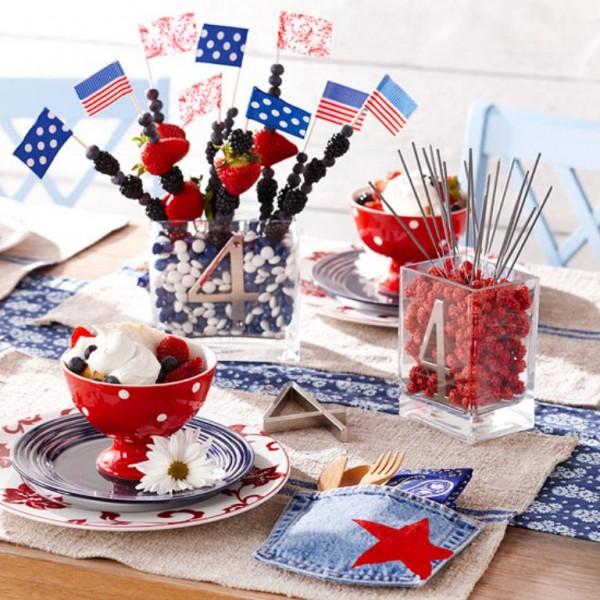Patriotic Table Decorations3.jpg