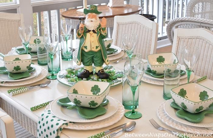 St.-Patricks-Day-Table.jpg