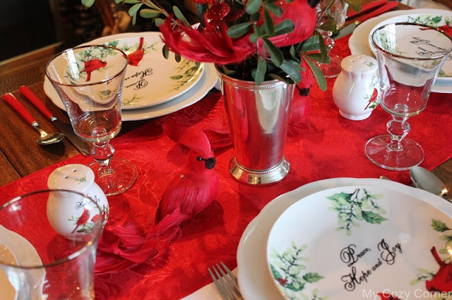 winter cardinal table decoration3.jpg