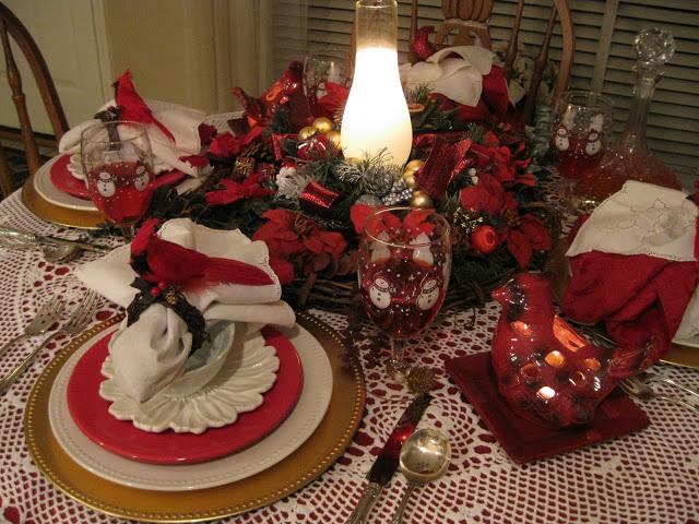 winter cardinal table decoration4.jpg