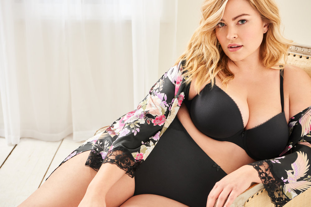 SHOT_71_0169_INTIMATES_02_TORRID.jpg