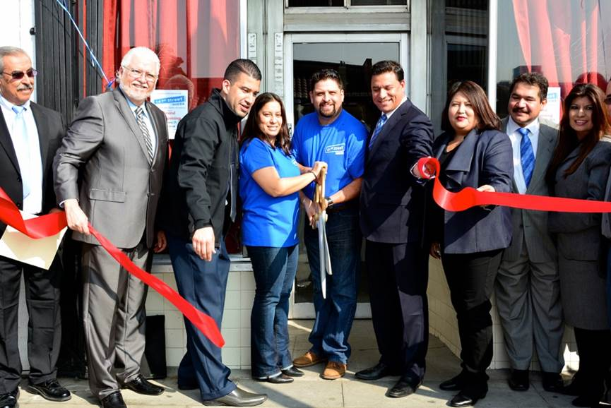 La 1st Street Taqueria Ribbon Cutting Ceremony 2015