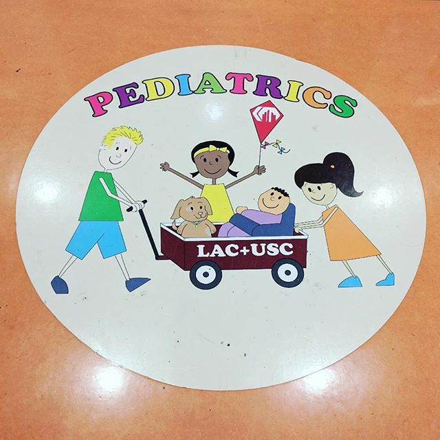 Spent the day learning about the incredible work of the pediatrics department @lacuscmedcenter, thanks to @starlightchildrensfoundation. Grateful to them both for working so hard to provide a playful, comfortable, and family-centered experience to children admitted into hospitals. . . . . #pediatrics #childlifespecialist #nurseappreciation #starlightfoundation
