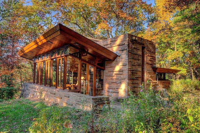 Where to Vacation in a Frank Lloyd Wright Home - Afar