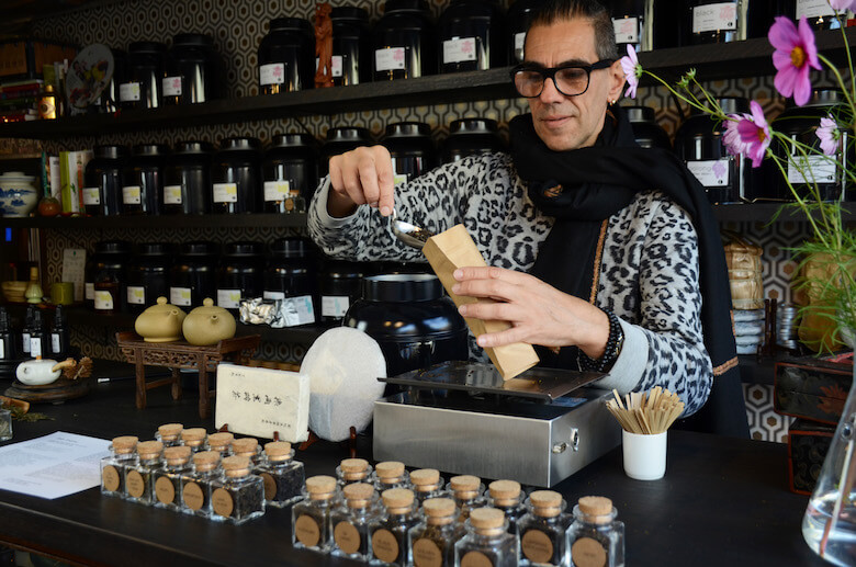 A Williamsburg Tea Haven Brews on Grand Street - Edible Brooklyn