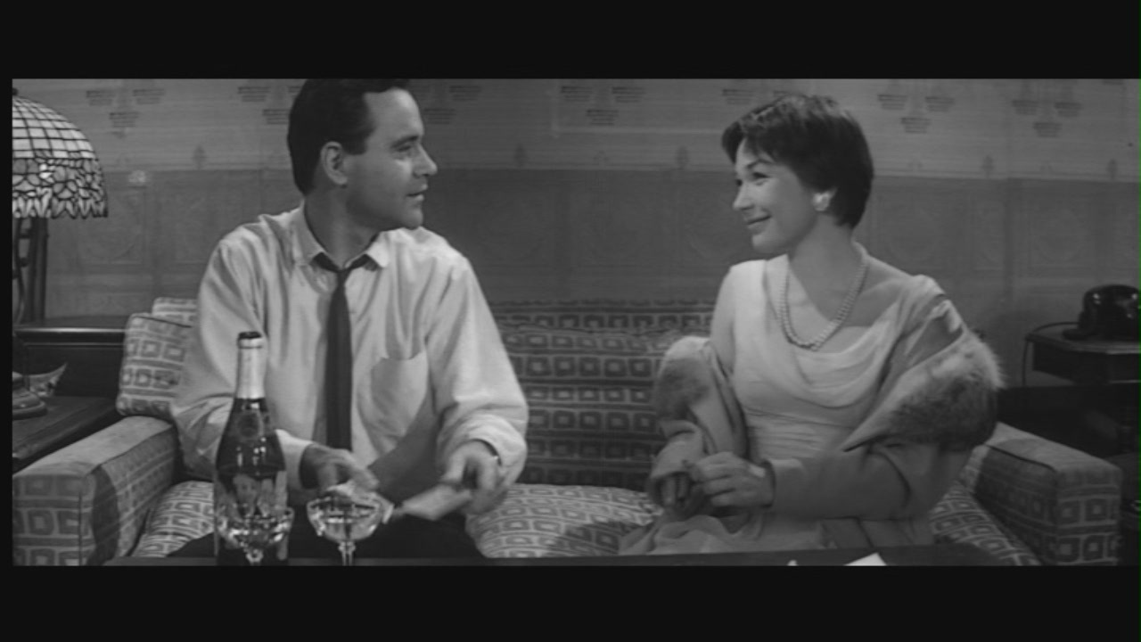 shirley-in-the-apartment-shirley-maclaine-5246328-1280-720