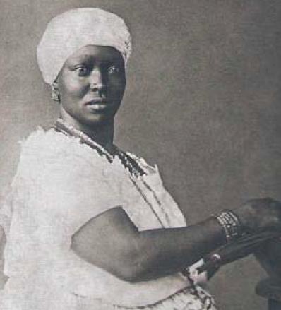 1885 donna di colore, immagine scansionata del libro O negro na fotografia brasileira do século XIX