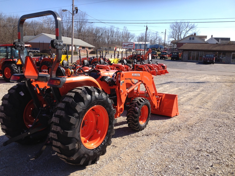 An L4600 with Filled R4 Tires and Quick Attach Skid Steer Style bucket is not the type of tractor you'll find in these Kubota Package Deals!