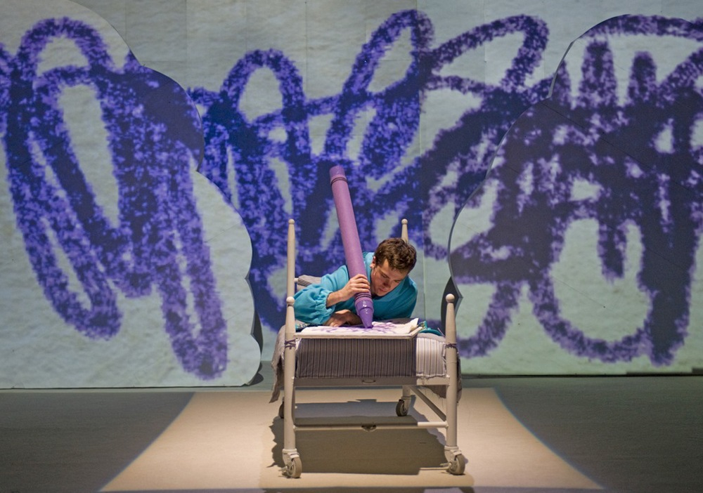 Nate-Lewellyn-in-Harold-and-Purple-Crayon-Chicago-Childrens-Theatre.jpg