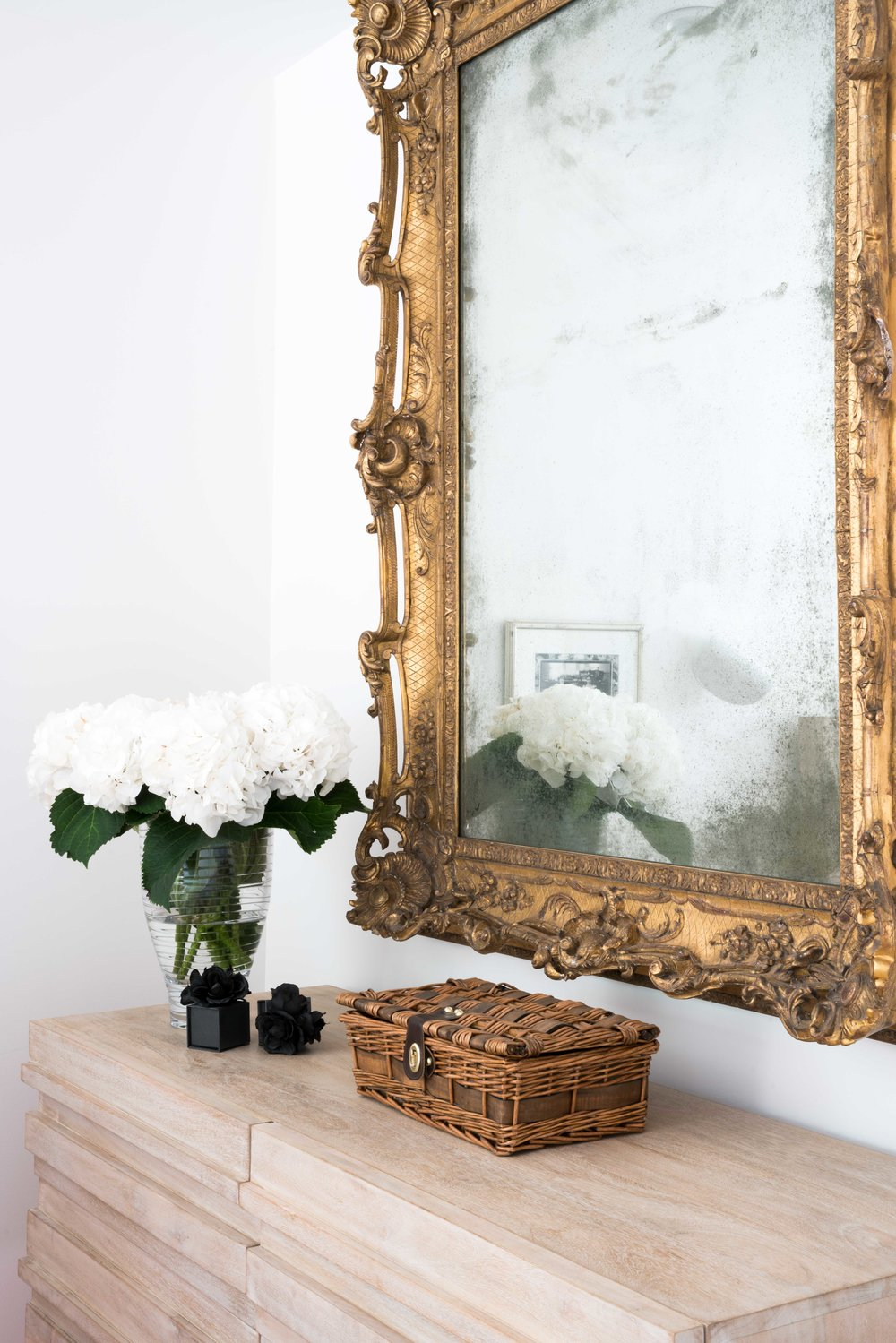gold mirror and basket.jpg