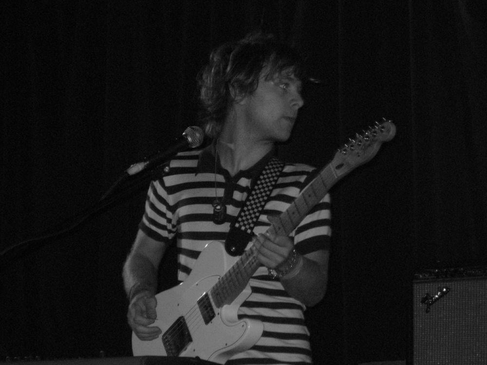 Johnny Whitney (Musician)
