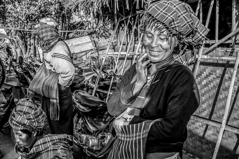 Life in Burma _-7.jpg