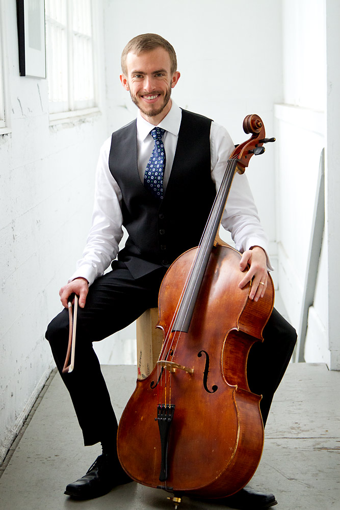 Patrick Smith is a performing cellist and cello instructor at home in both Western art music and intercultural music. He teaches private lessons in home or studio in Vancouver, Richmond, North Vancouver, West Vancouver, Burnaby and New Westminster. He is available for weddings, parties, memorials and other special events.
