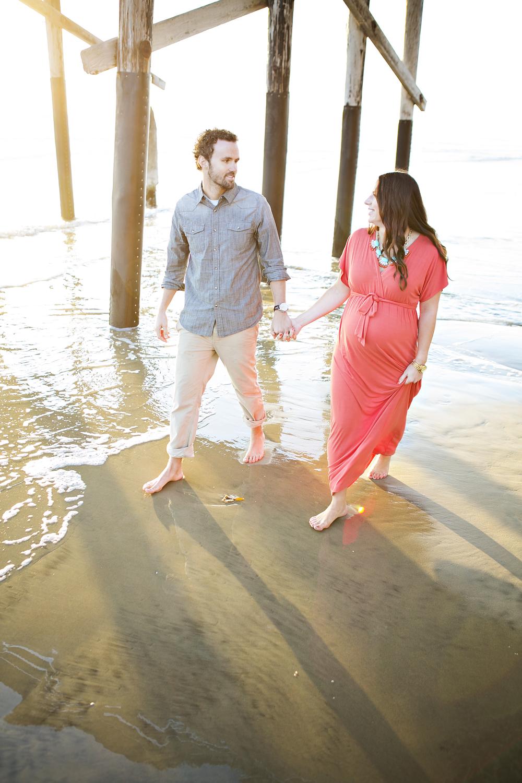 maternity beach photos