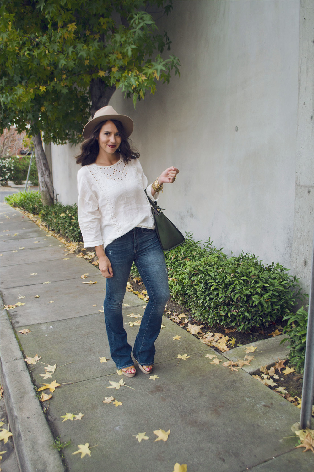 Flare Jeans 7.jpg